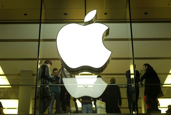 Picture for Fed up San Francisco man sues Apple for exact cost of iPhone