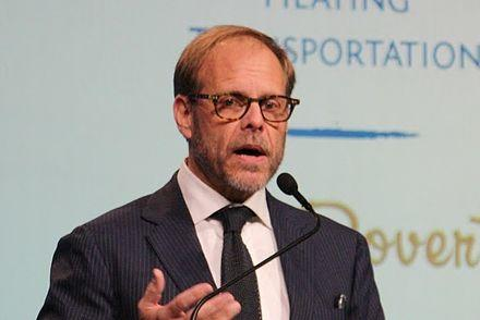 Picture for ALTON BROWN'S BEYOND THE EATS IS COMING TO EVANSVILLE