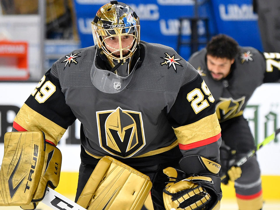 marc-andre-fleury-plans-on-playing-for-blackhawks-after-controversial-trade
