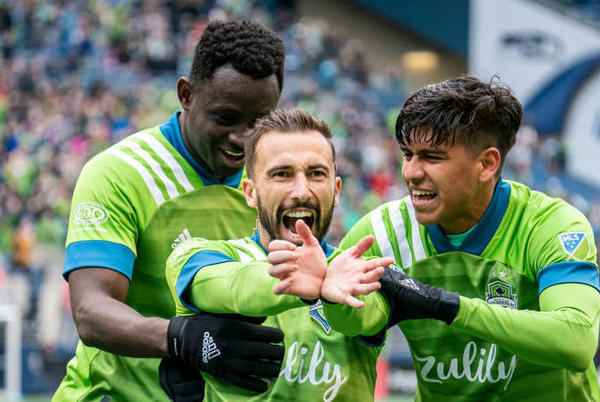 Picture for Post-match discussion: Sounders fall 2-1 to KC