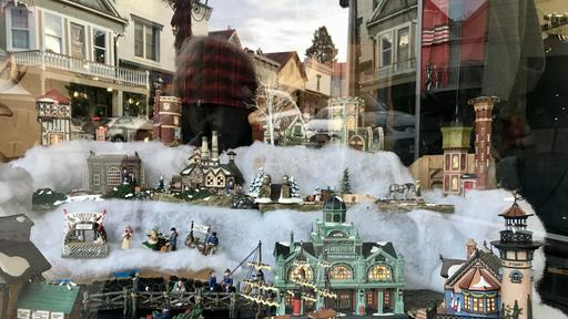This Year Nevada City Welcomes Dickens To Victorian Christmas News Break