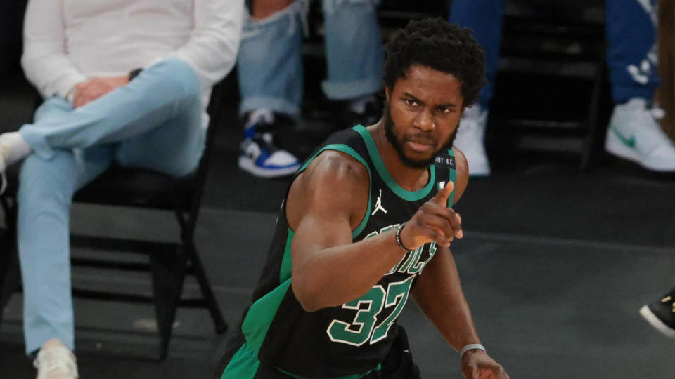 Picture for Semi Ojeleye, Bucks agree to one-year contract