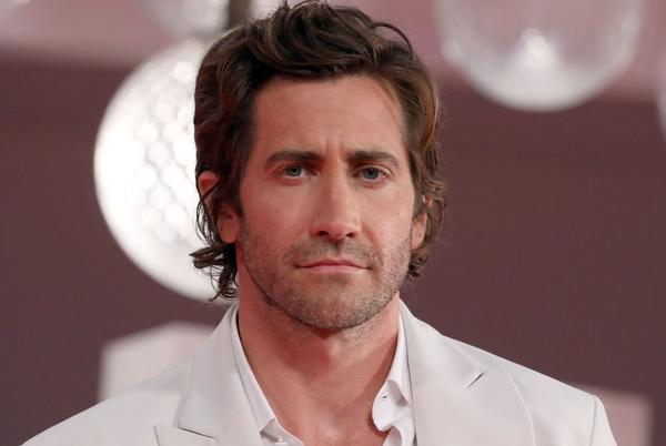 Picture for Jake Gyllenhaal just set the record straight on reports that he doesn't shower