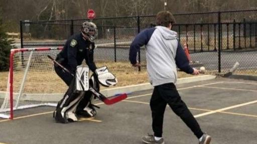 Walpole Police Chief Joins In On Street Hockey Game Gives Kids Free Movie Passes News Break