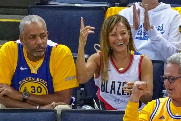 Picture for Steph Curry's parents divorcing after being married for 33 years