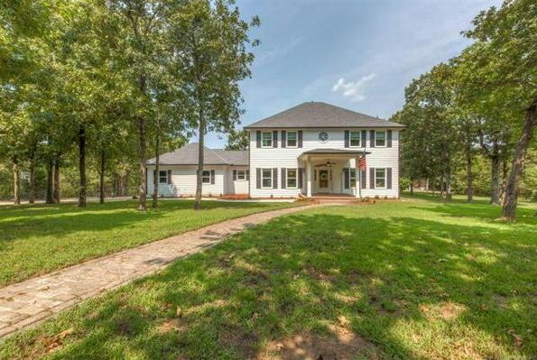 Picture for 4 Bedroom Home in Sand Springs - $595,000