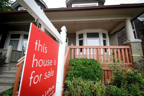 Picture for With average prices up another 14%, Swiss bank UBS warns of housing bubbles in Canada