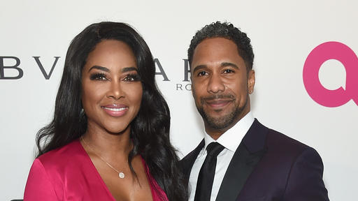 Nobody Deserves This Rhoa Fans Blast Kenya Moore S Husband Marc Daly After He Says He Hates Being Married News Break