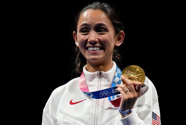 Picture for Lee Kiefer makes Team USA history as first athlete to win gold in women's individual foil