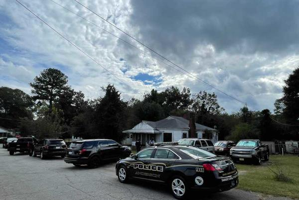 Picture for Woman's body found in vacant Anderson home