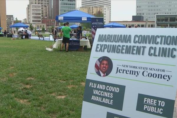 Picture for Rochester holds marijuana record expungement clinic Saturday
