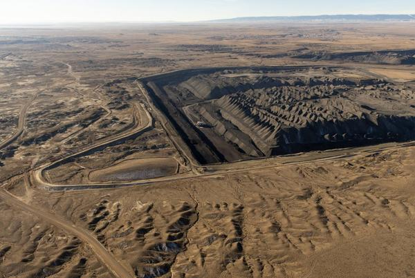 Picture for Law to cut coal from NM fails to shut plant