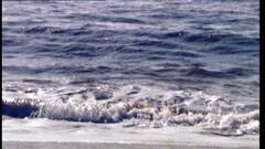 Cover for Virginia man drowns at North Carolina beach