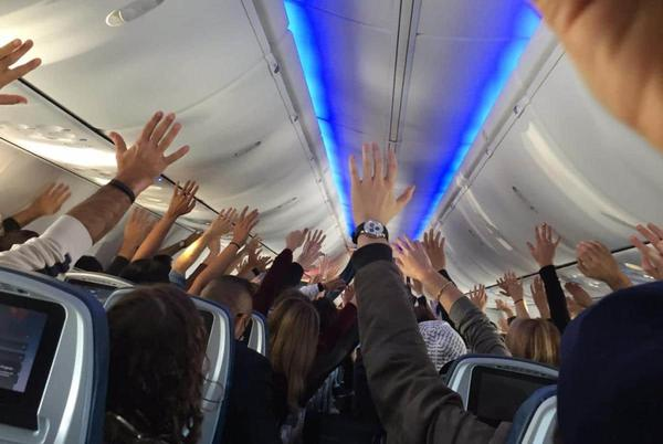 Picture for Delta Airlines influencer gab spikes over new COVID-19 vaccine mandate