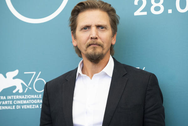 Picture for Barry Pepper