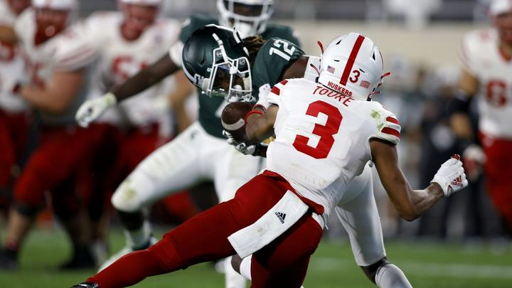 Cover for Michigan State moves up in national rankings