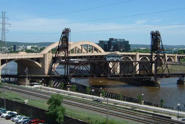 Picture for Investigation underway after body pulled from Mississippi River in St. Paul