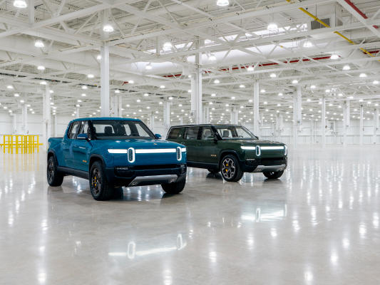 rivian-s-first-production-r1t-electric-pickup-truck-rolls-off-the-line-newsbreak