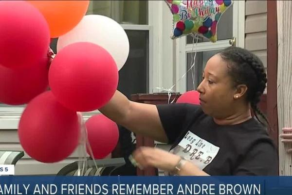 Picture for Family holds balloon release for man killed in Cleveland