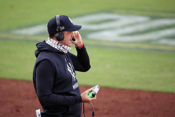 Picture for Aaron Boone discusses Yankees return, 'unfinished business' with Carton and Roberts