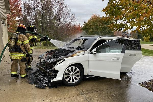 Picture for Car Catches Fires In Rochester Driveway