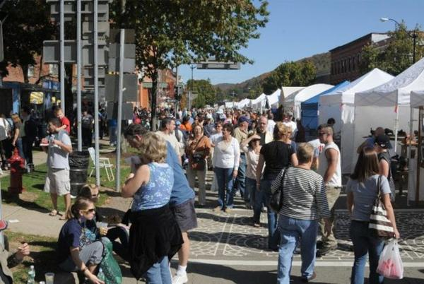 Picture for Guide to Fall Festivals This Season in WNY