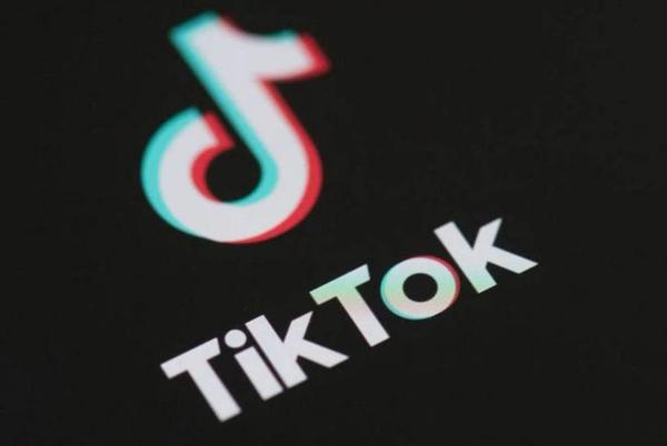 Picture for Some NKY students destroying school bathrooms for TikTok challenge