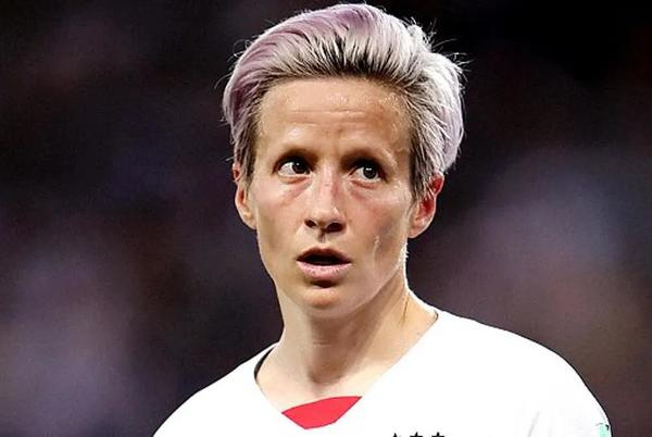 Picture for US Female Soccer Players Offered Equal Pay with Men after Years of Debates
