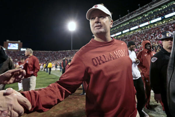 Picture for Bob Stoops Has Blunt Assessment Of Ohio State's Defensive Problems