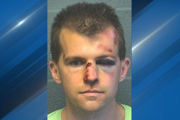 Picture for Bystander beats up man for inappropriately touching a child