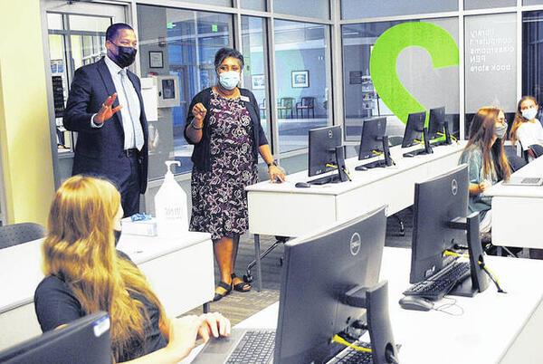 Picture for Newberry schools superintendent visits Piedmont Tech Campus