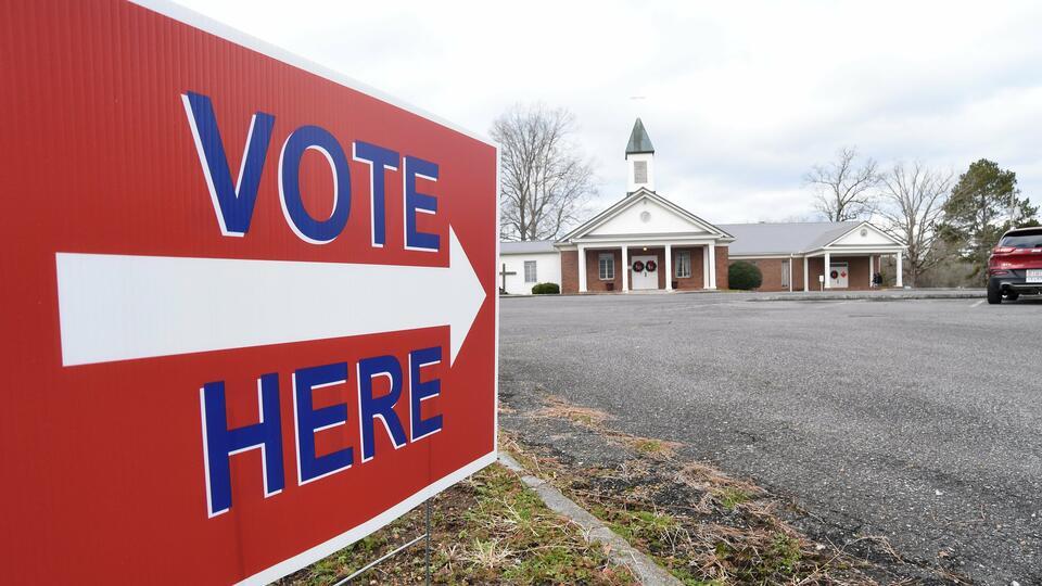 Picture for AP VoteCast: Competing coalitions define GA Senate races