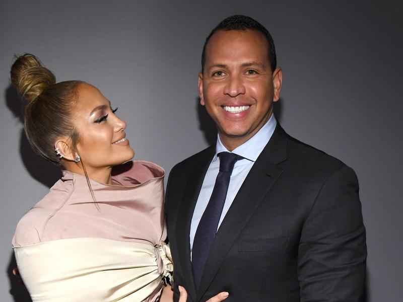 Jennifer Lopez's Engagement Rings From Alex Rodriguez, Ben Affleck, Marc Anthony and More: Photos | News Break