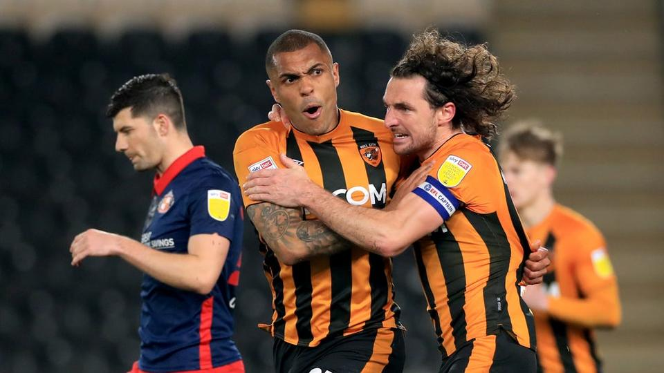 Picture for Hull take step towards promotion as Josh Magennis earns draw with Sunderland
