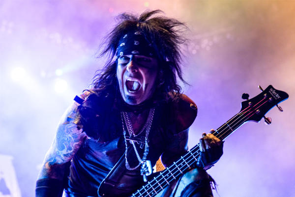 Picture for Nikki Sixx Says He Understands Why David Lee Roth Turned Down Mötley Crüe Tour
