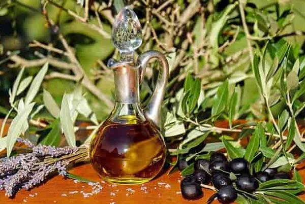Picture for Tamanu oil Benefits: The Miracle oil From the East