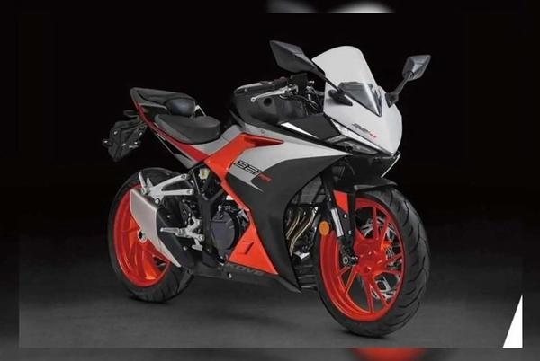Picture for Is The Colove 321RR A Yamaha R3 Clone?