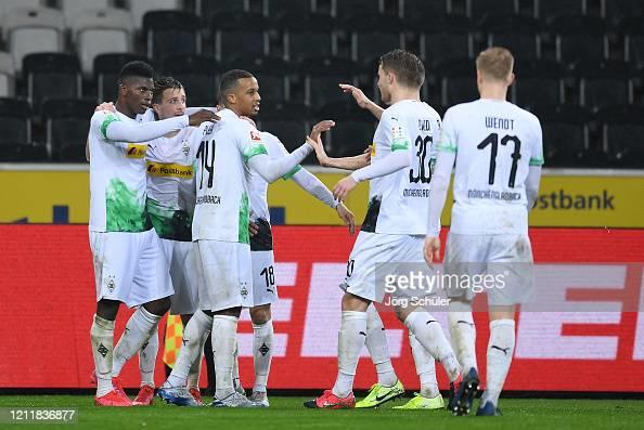 Picture for Borussia Mönchengladbach vs Borussia Dortmund preview: How to watch, kick-off time, team news, predicted lineups and ones to watch