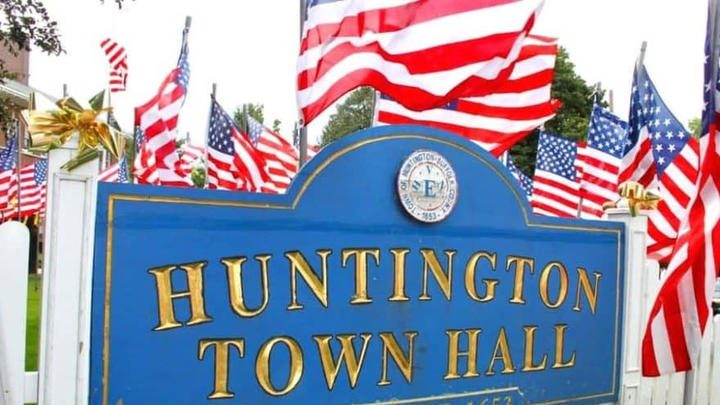 Cover for Huntington Lays Out 'Zombie Property' Rules to Reduce Blight