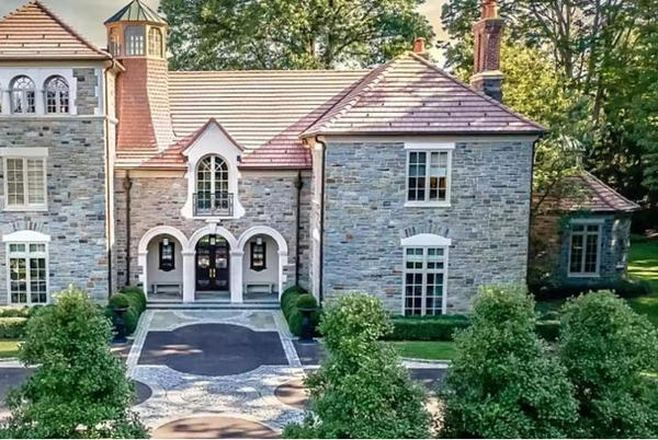 Picture for This Delaware County Zip Code Has the Most Expensive Homes in PA