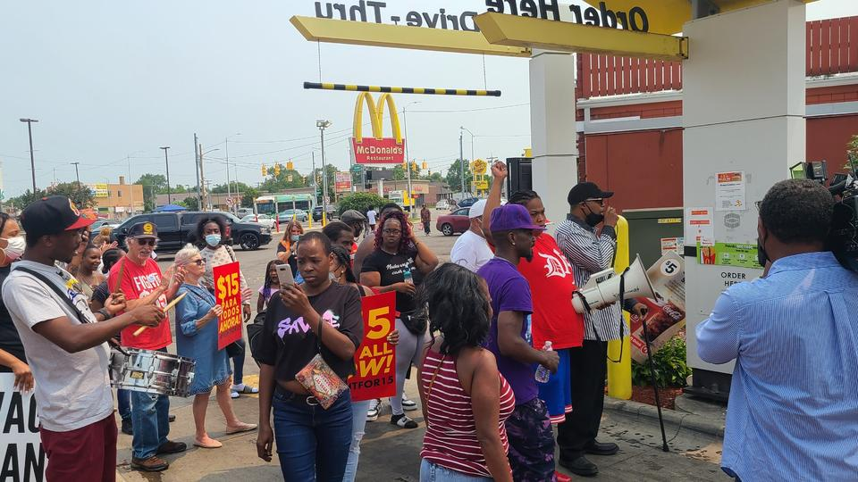 Picture for It's been 12 years since Congress last raised the minimum wage. As a McDonald's worker who makes just $10 an hour, I'm getting sick of Congress delaying another much-needed raise.