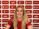 Picture for Missy Bo Kearns signs new contract with LFC Women
