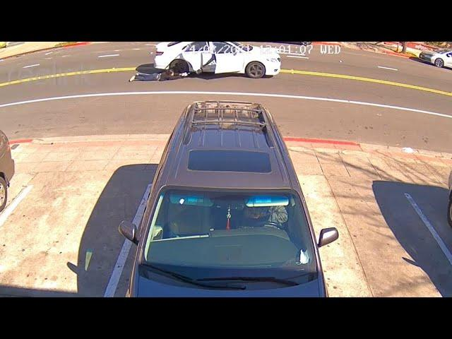 Raw Video: Woman Dragged By Car After Having Purse ...