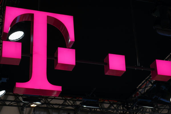 Picture for T-Mobile finally sets a firm shutdown date for its own 3G network