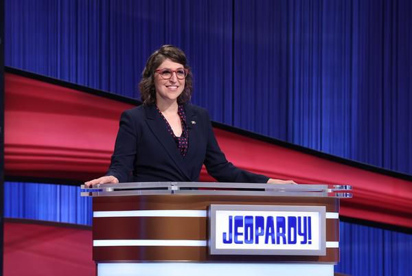 Picture for Mayim Bialik Doesn't 'Wish Ill' on Ousted 'Jeopardy' Host Mike Richards, Responds to Vaccine Criticism