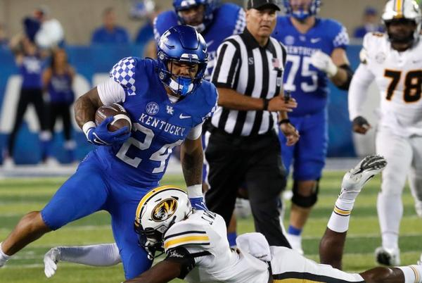 Picture for Kentucky football: Passing fancy? No, Chris Rodriguez is fine in revamped UK offense