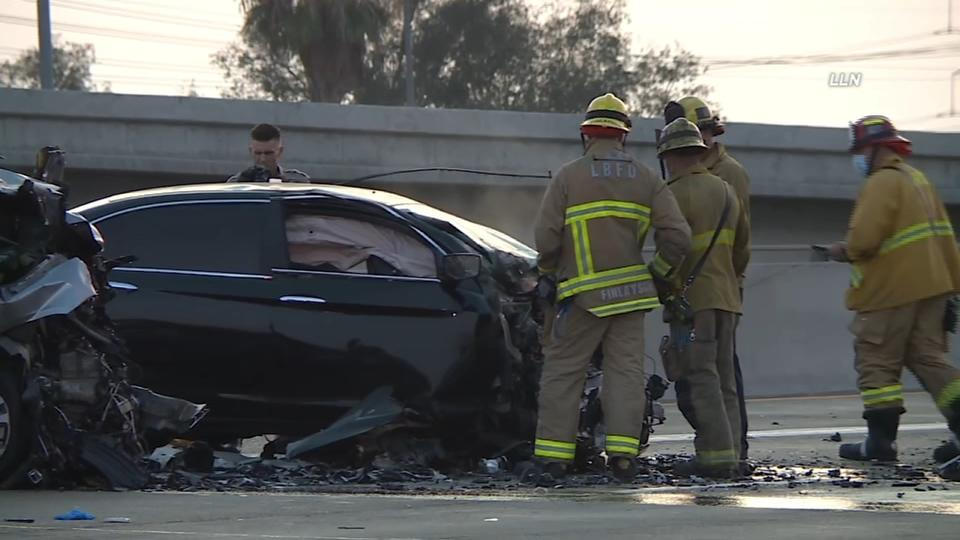 Picture for 2 killed in crash involving wrong-way driver on 91 Freeway in Long Beach; all lanes reopened