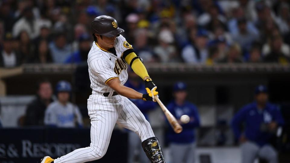 Picture for WATCH: San Diego Padres edge Los Angeles Dodgers, Clayton Kershaw