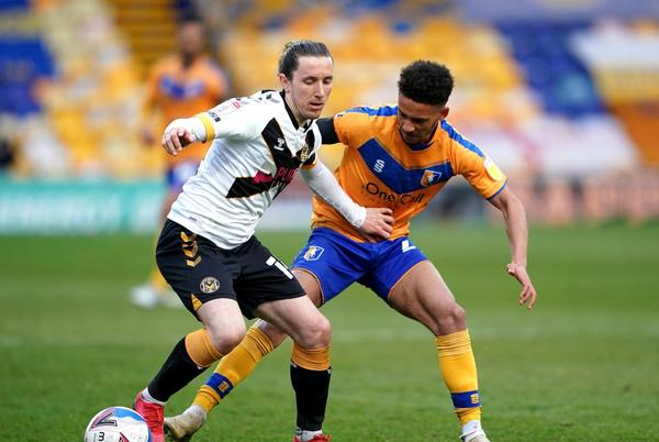 Picture for Tyrese Sinclair sees red as Mansfield take point off high-flying Leyton Orient