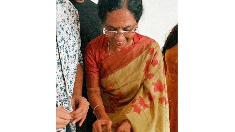 Picture for Allu Arjun wishes mother on her birthday
